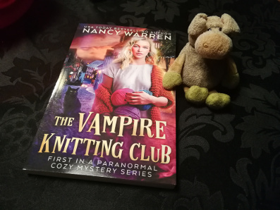 Pearls Cast Before A Mcpig The Vampire Knitting Club Book Review