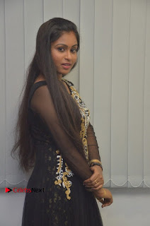 Tamil Actress Shreya Sri Stills in Black Akarkali Dress at Vanga Vanga Team Interview  0011.jpg