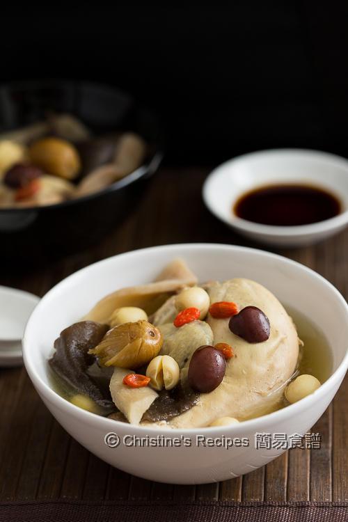 木耳淮山煲雞湯 Wood Ear and Chicken Soup03