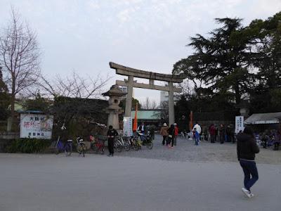 豊國神社 大阪城桜門の前にある鳥居