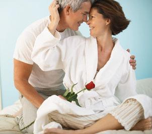 726972165e3e5 نصائح يقدمها أزواج يتمتعون بعلاقة زوجية مثالية بعد مضي سنوات طويلة