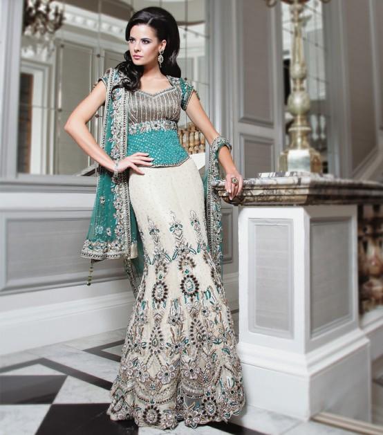 White Wedding Indian Dress: A WEDDING PLANNER: Bridal Lehengas And Wedding Lehengas