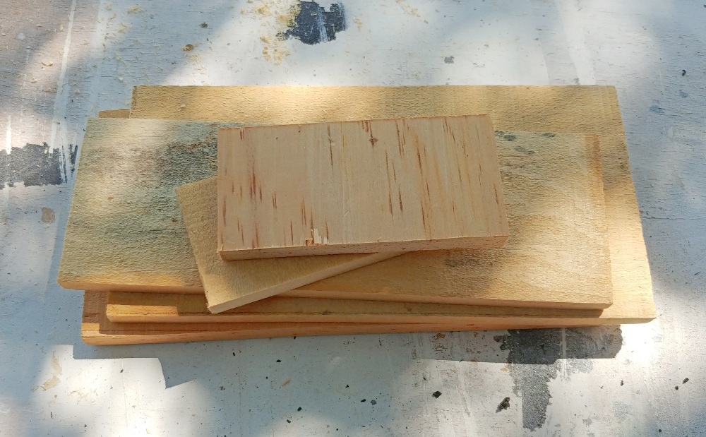 cut wood pieces to build a box