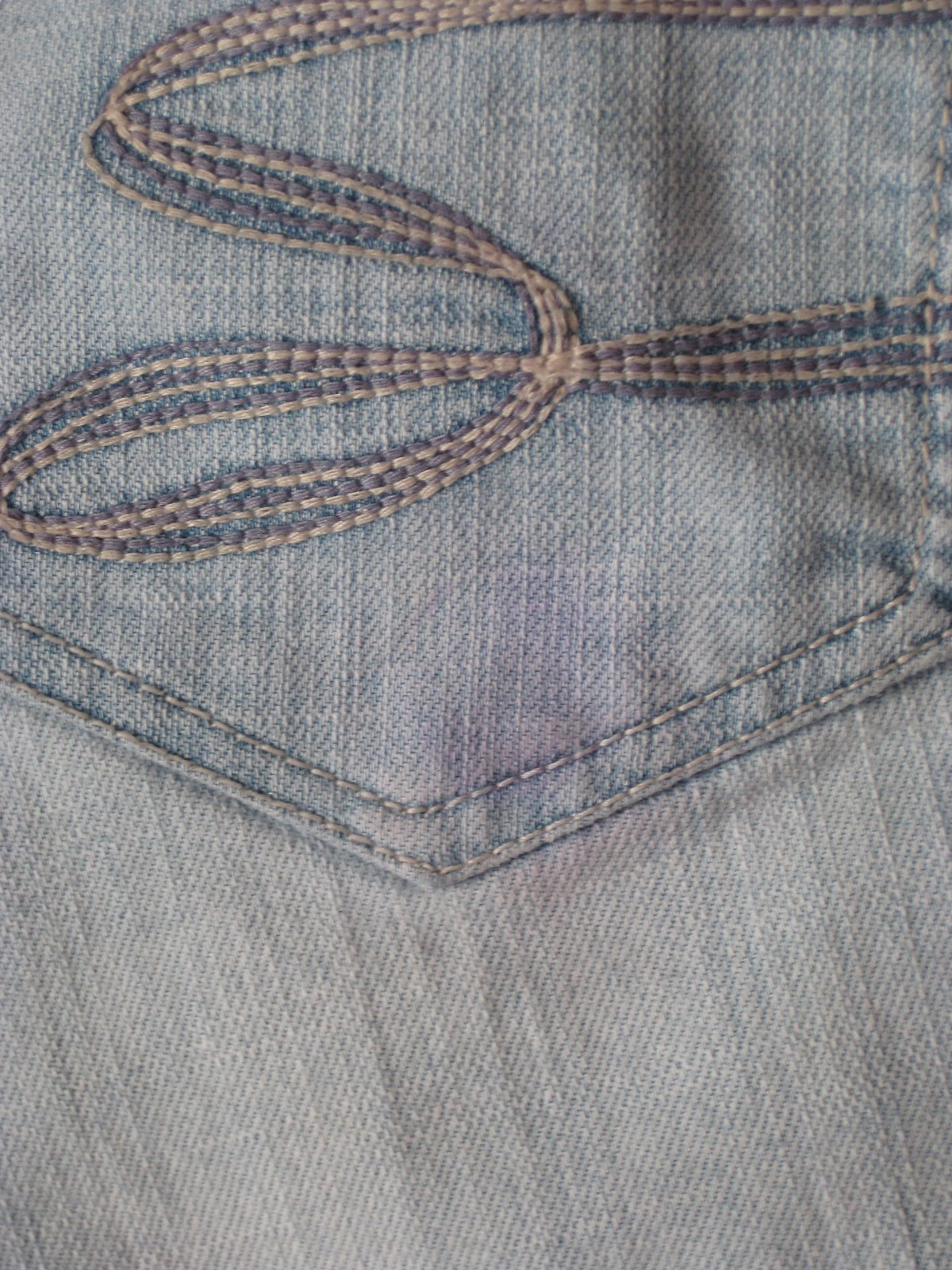 Dandelion Dreamer: How To Get Sharpie Out of Jeans