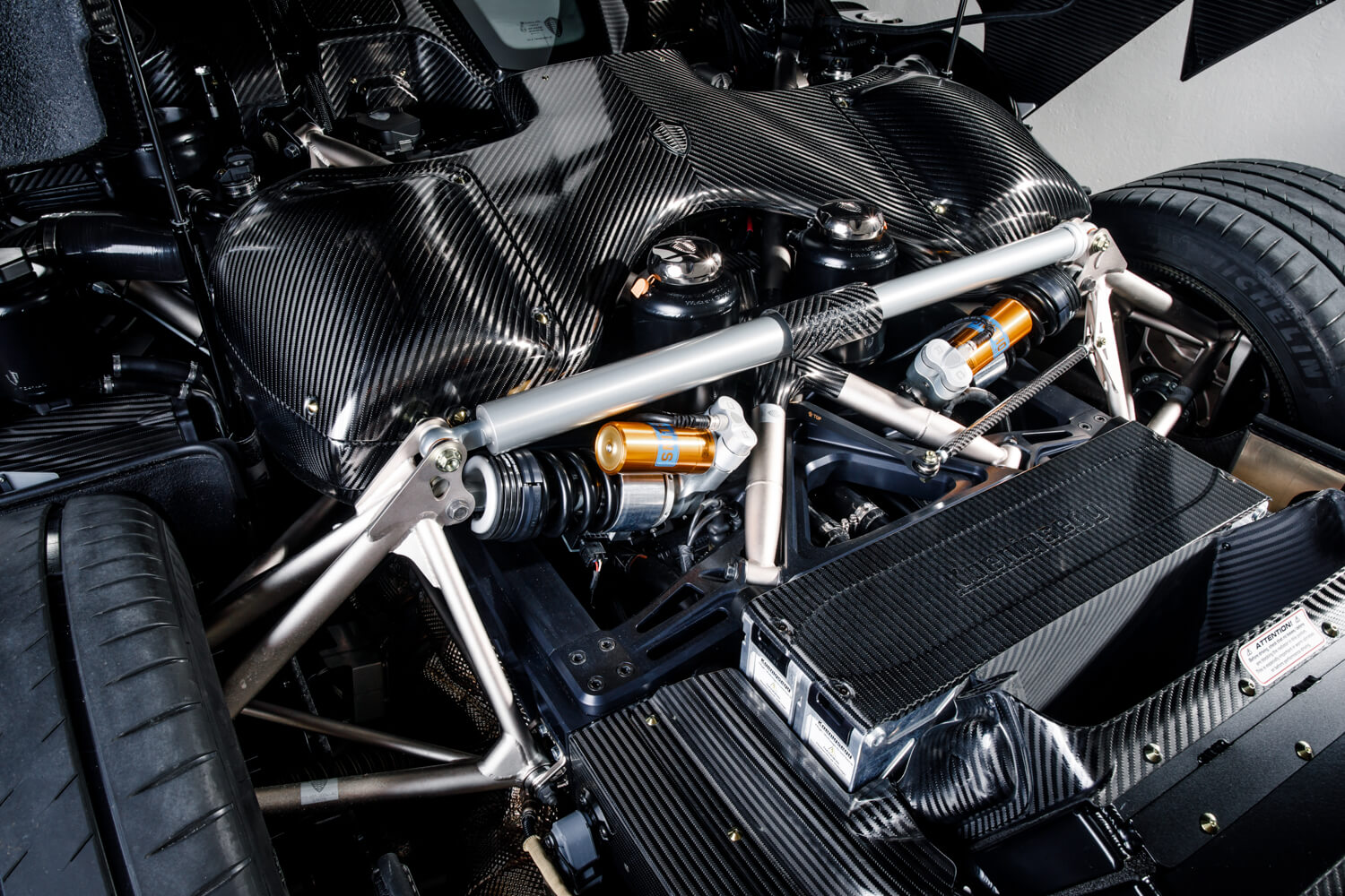 The First Naked Carbon Fibre Koenigsegg Car