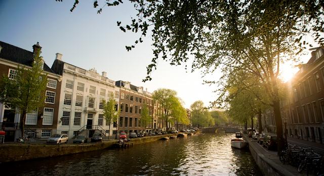 Condições Climáticas em Amsterdã em Junho