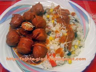 Λουκάνικα κοτόπουλου κοκκινιστά - από «Τα φαγητά της γιαγιάς»