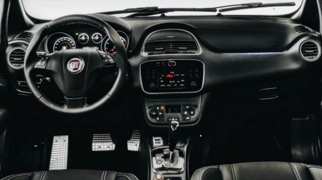 2017 Fiat Toro Interior