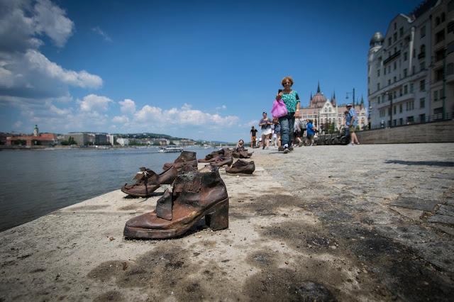 Scarpe sul Danubio-Budapest