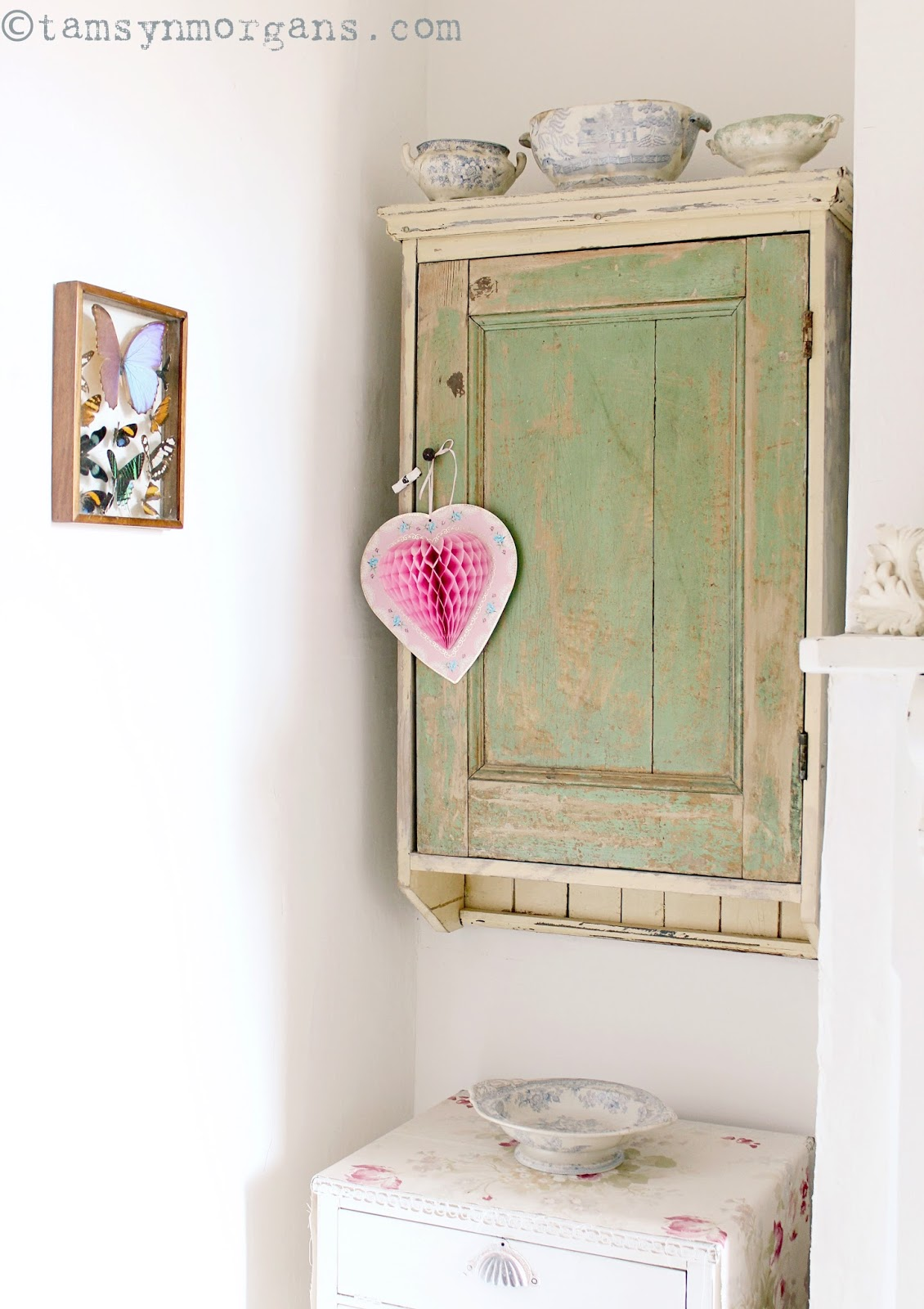 Green Shabby Cupboard