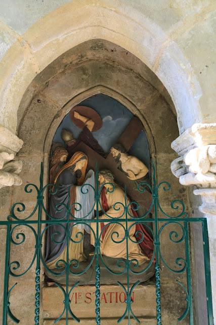 Way of the cross. Standing. Sixth. Rocamadour. France. Крестный путь. Стояния. Шестое. Рокамадур. Франция.