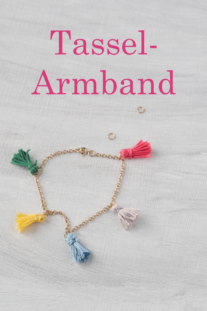 easy DIY Tassel Bracelet - cute and funny