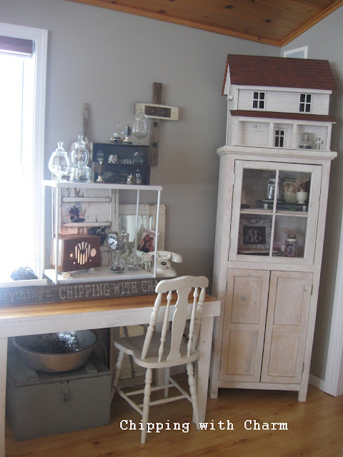 Chipping with Charm: Inspiration Corner, Organization...http://www.chippingwithcharm.blogspot.com/