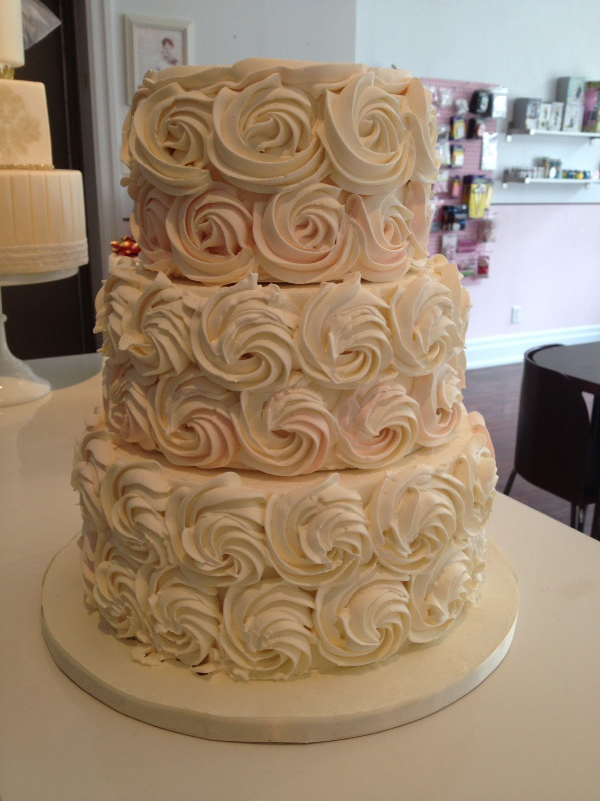 wedding cakes made with buttercream frosting the wedding cake shoppe buttercream cakes made a 24965