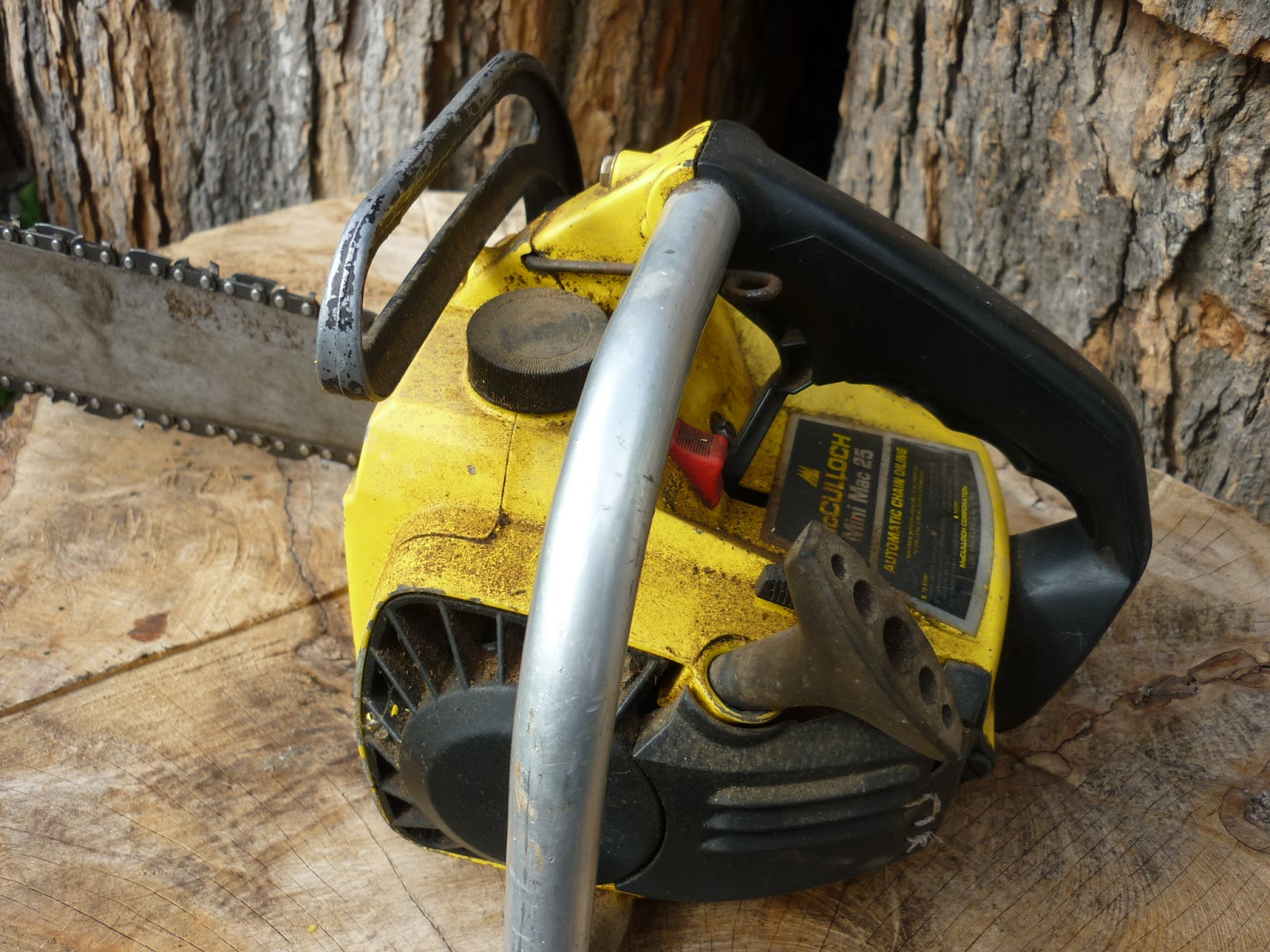 VINTAGE CHAINSAW COLLECTION: MCCULLOCH MINI MAC 25