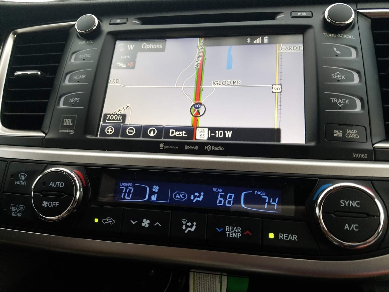 The toyota highlander has three zone automatic climate control this allows the driver and passenger to each control their own temperature