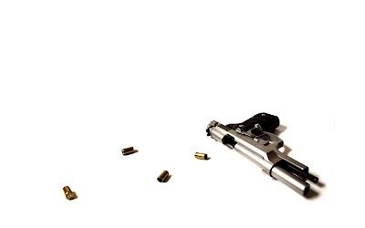 'क्राइम पेट्रोल' में पुलिस अफसर बने एक्टर की रियल स्टोरी, सीने पर बंदूक रखी और मार ली गोली