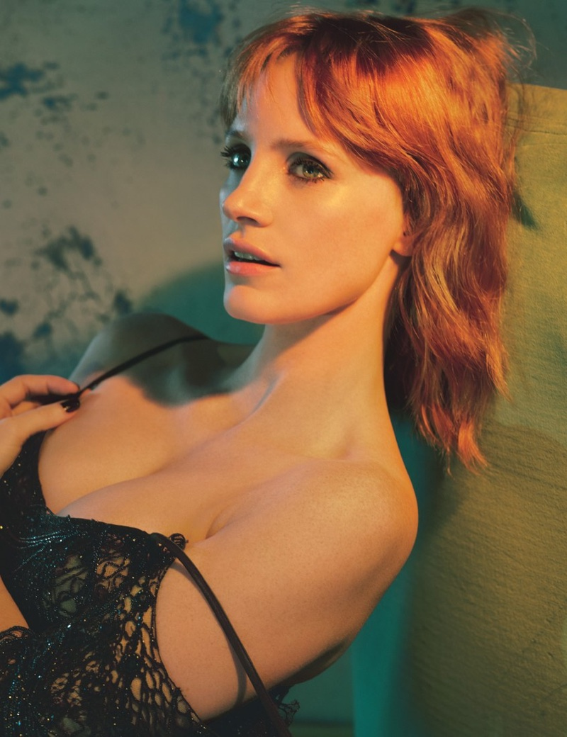 Jessica Chastain gets her closeup in Alexander McQueen dress