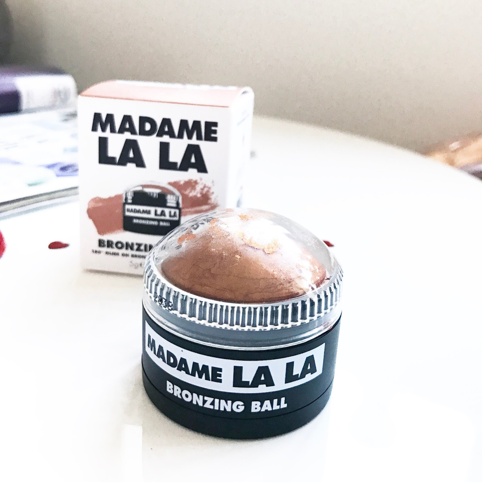 madame lala bronzing ball