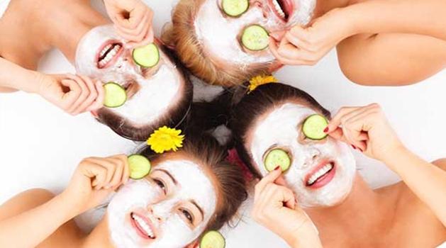 cara mengatasi kulit wajah berminyak secara alami