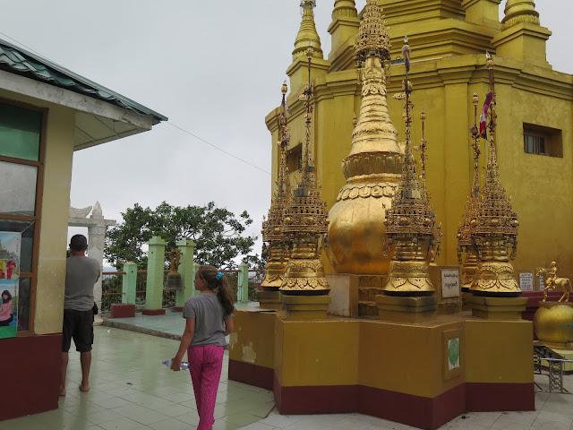 Pagoda Taung Kalat (La Cima de Popa)
