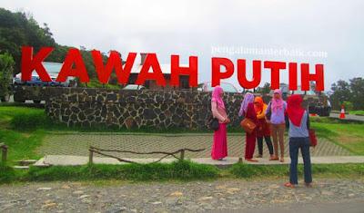 Kawasan wisata Kawah Putih, ciwidey, Bandung