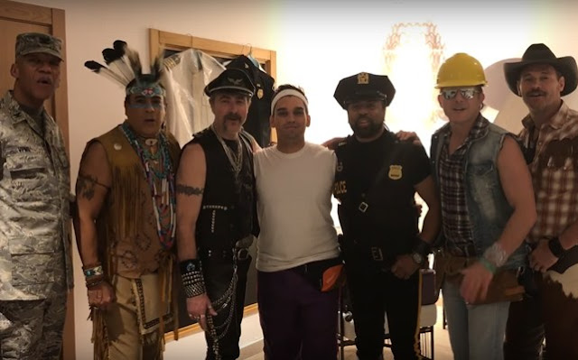 Village People con Nicky Triphook