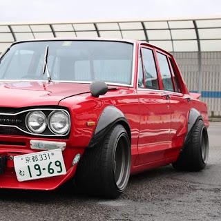 Nissan Skyline GC10 ????