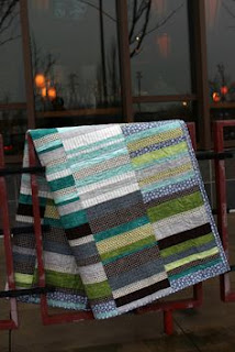 http://aquilterstable.blogspot.it/2012/12/a-maisy-quilt-for-christmas.html