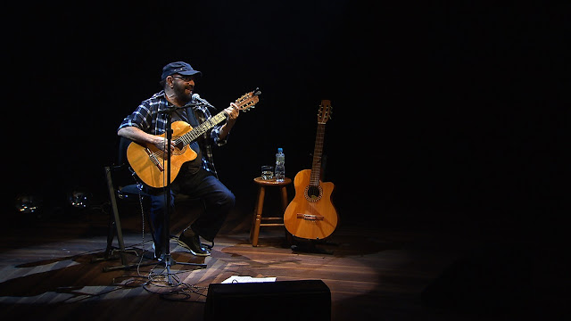 Voz e violão de Carlos Colla embalam o Todas as Bossas deste sábado na TV Brasil
