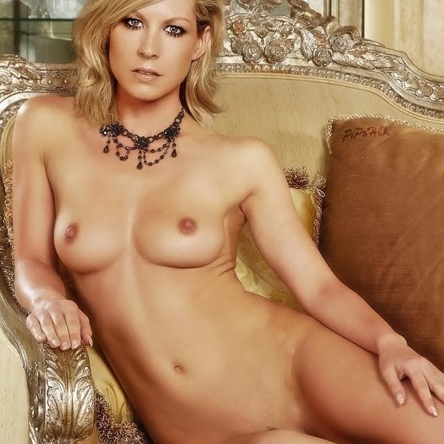 jenna tails naked
