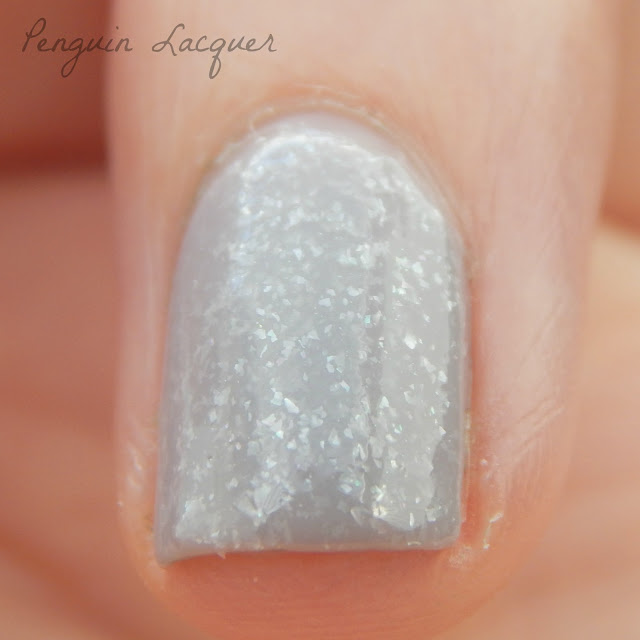 p2 beauty blues 020 misty grey zweites makro