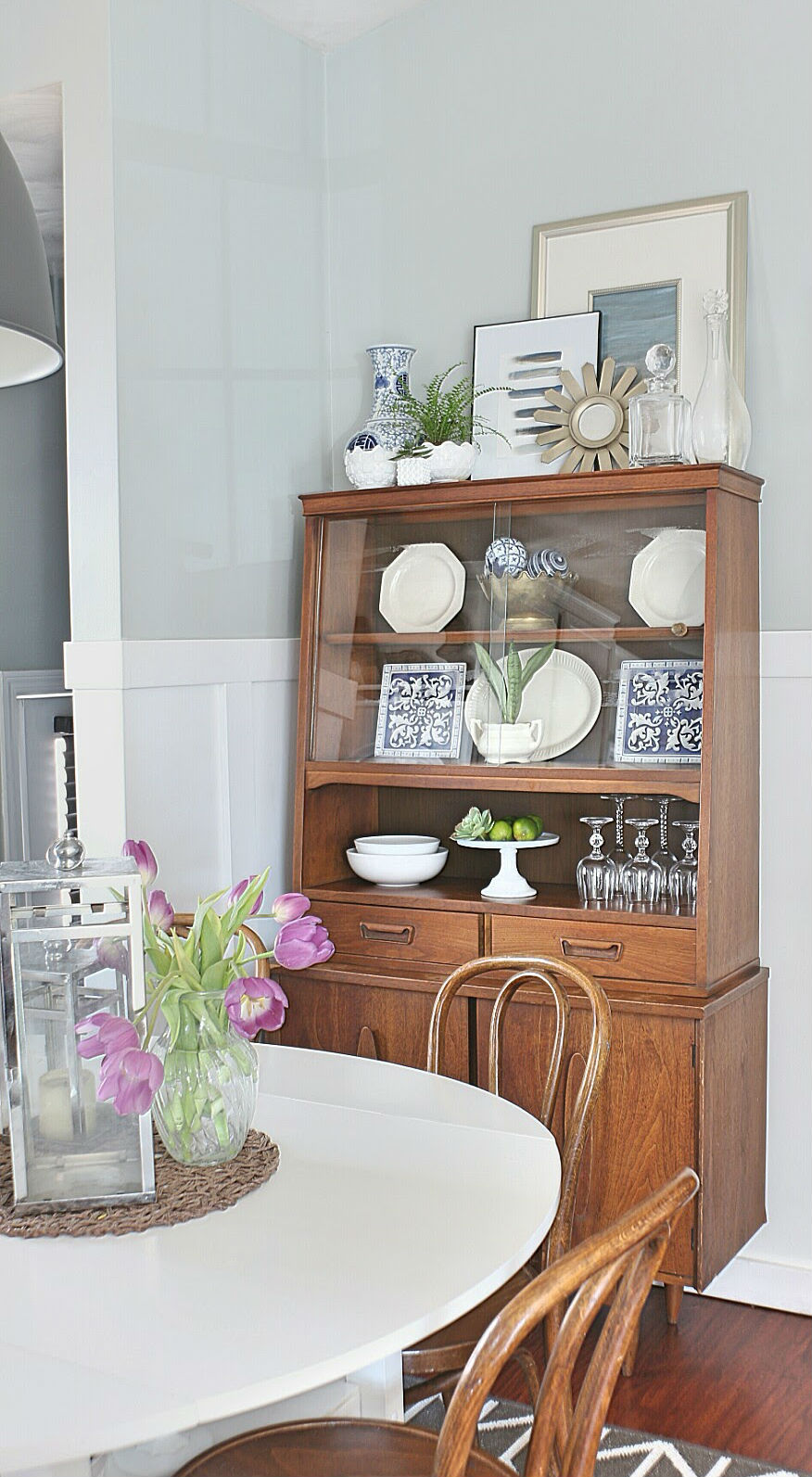 how to style a midcentury modern hutch