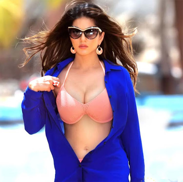 When it comes to being sexy, no one can beat Sunny Leone's ease and confidence.