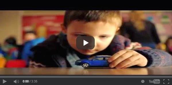 ΣΥΓΚΛΟΝΙΣΤΙΚΟ ΜΗΝΥΜΑ: Μετά από αυτό το βίντεο δεν θα ξανατρέξετε με υπερβολική ταχύτητα! Το διαφημιστικό σποτ που ΣΟΚΑΡΕΙ! [video]