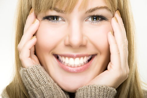 tips cara tersenyum gigi putih