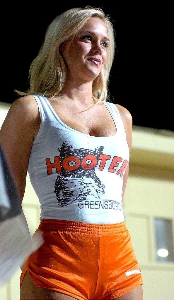 Topless Hooter Babes Pictures 36