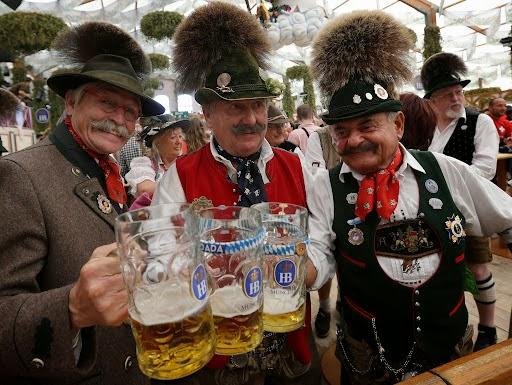 erste achterbahn oktoberfest 1800