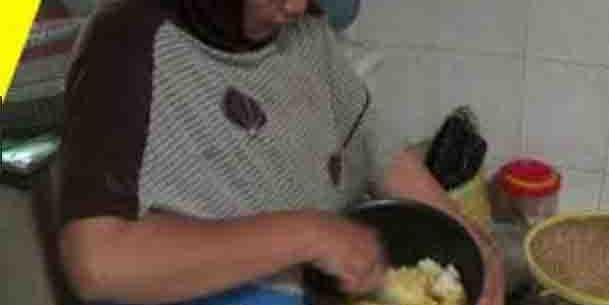 Ekonomi Sulit, Beras Tak Terbeli, Dua Desa di Pemalang Terpaksa Makan Nasi Jagung
