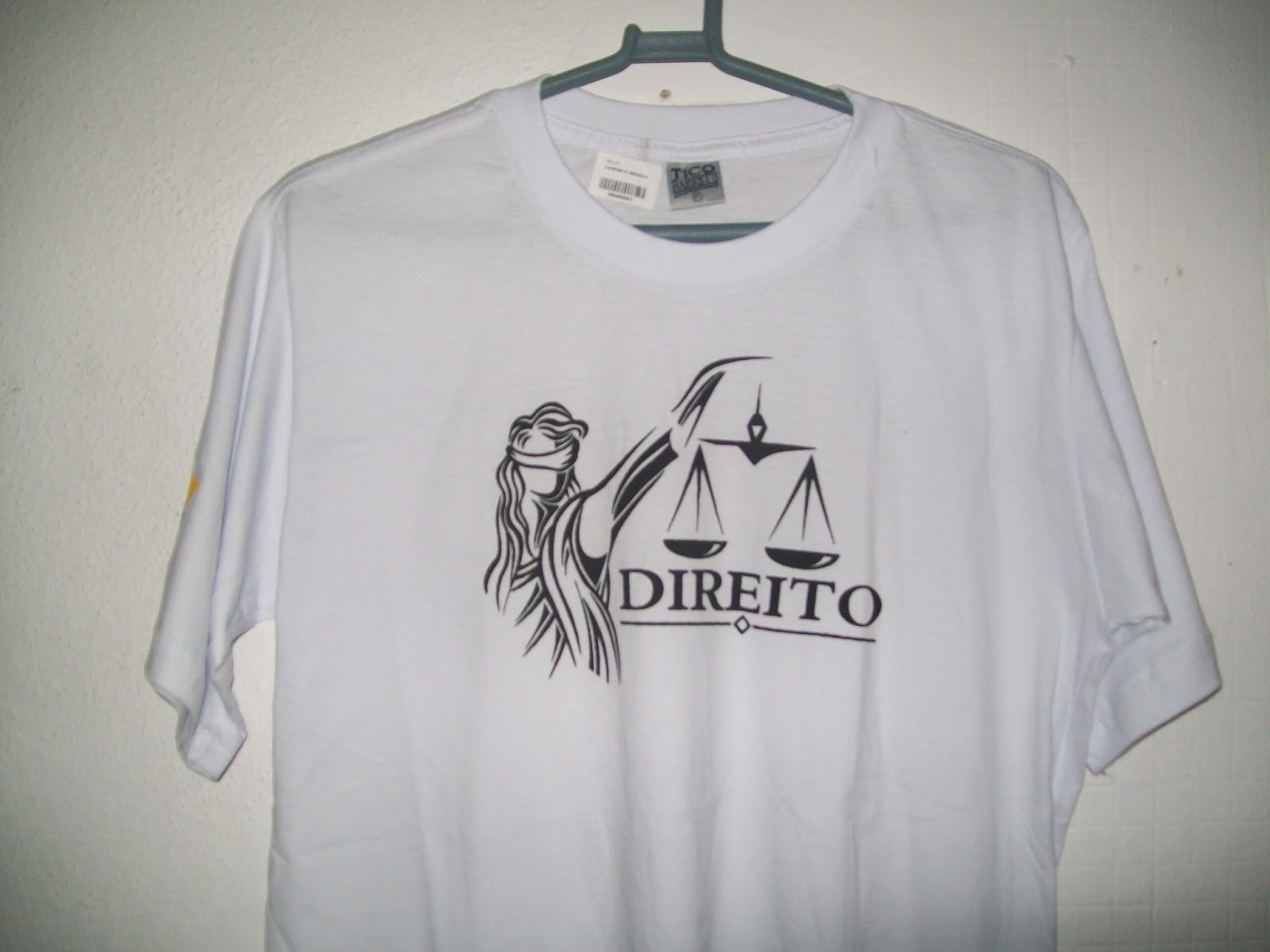 006093868a6f1 CAMISETAS DIREITO