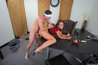 KELLY-DIVINE-%3A-The-Slut-mother-%23%23-BRAZZERS-r6rrxaaf5o.jpg