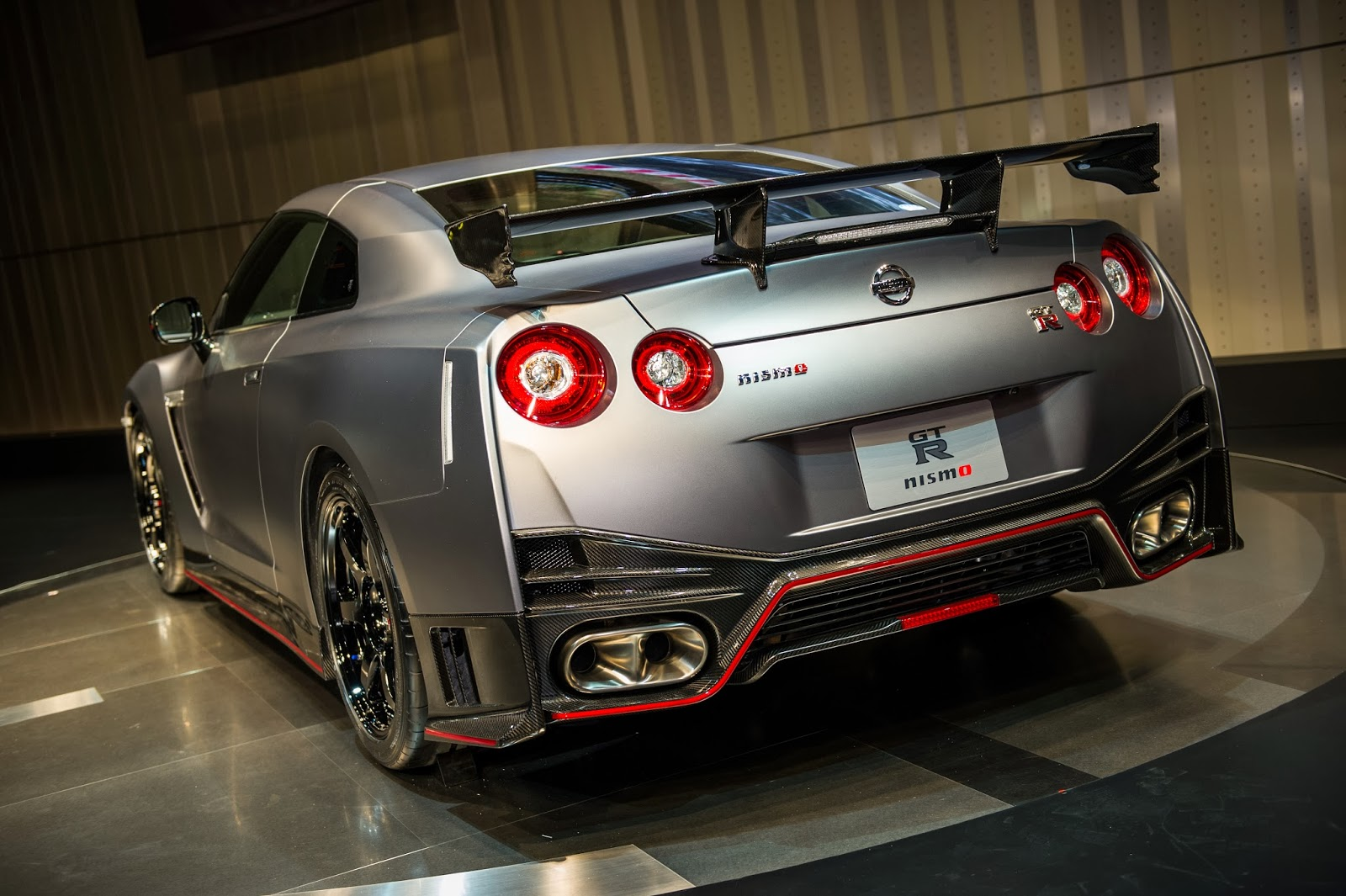 nismo nissan gt r press conference pictures. Black Bedroom Furniture Sets. Home Design Ideas