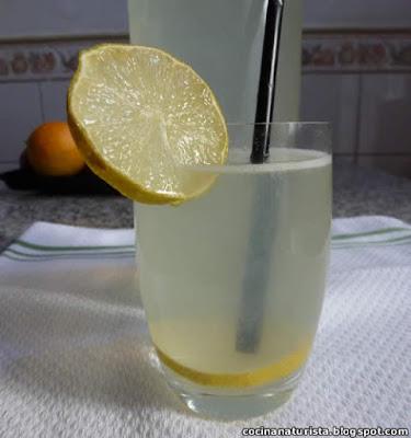 cocina natuista,bebida natural,limonada natural,bebida saludable