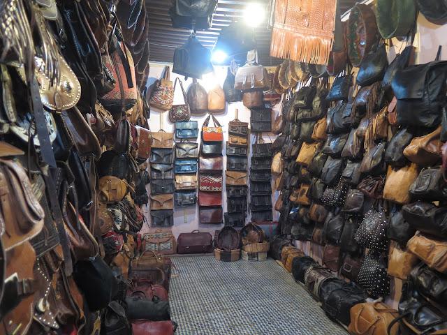 Tienda de piel en Fez el Bali