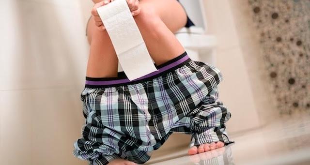 As principais causas de prisão de ventre são a falta de água – Reprodução