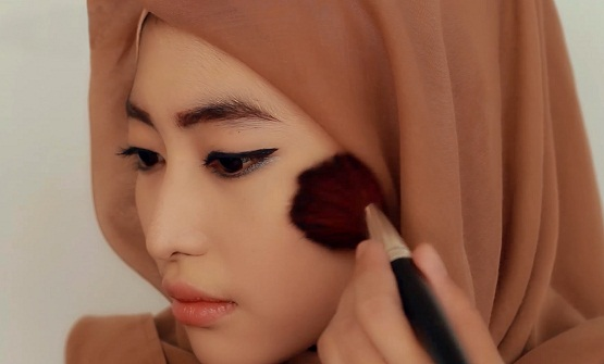 video cara make up yang benar,cara memakai make up agar tahan lama
