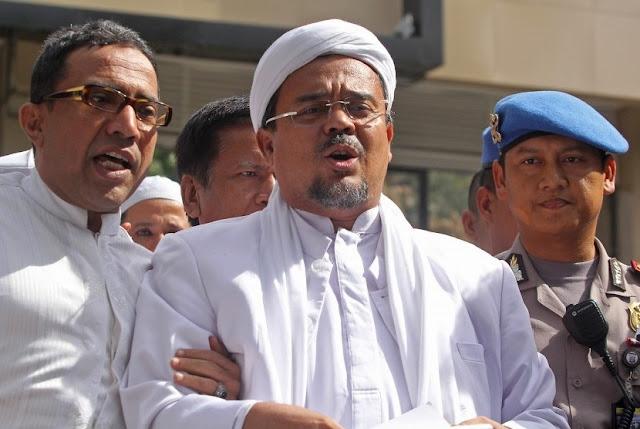 Imam Besar Front Pembela Islam (FPI) Habib Rizieq Syihab menjadi tersangka kasus dugaan penodaan Pancasila
