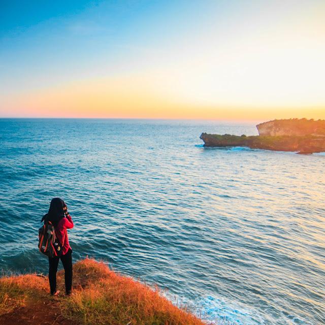 Travelling Hijab