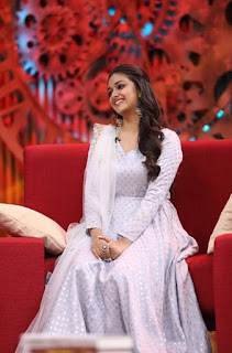 Keerthy Suresh with Cute and Lovely Smile for Sunnamoruvar