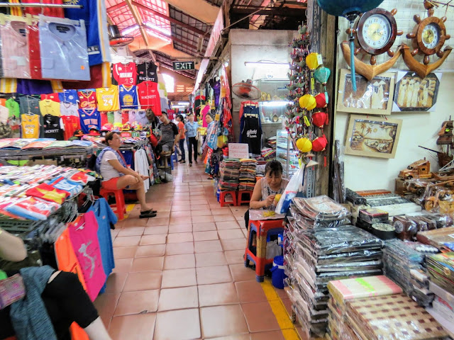 Non Touristy Things to do in Ho Chi Minh City Vietnam: Bến Thành Market